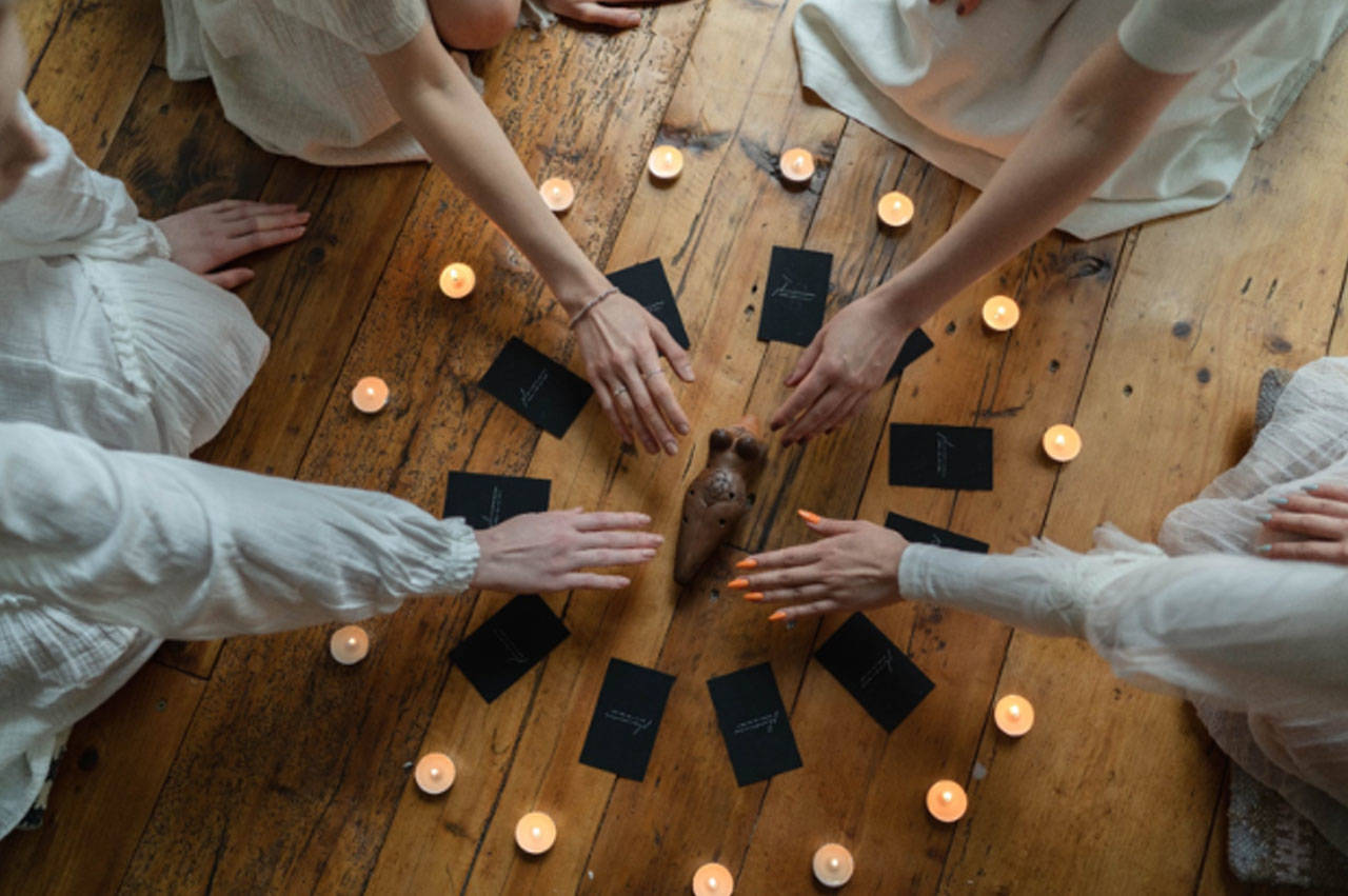 How one can Deal with A Very Dangerous White Candle Love Spells